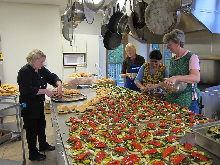 kitchen-assistants2